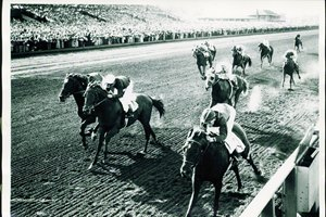 Bewitch defeats stablemates Citation (center) and Free America in 1947 Washington Futurity