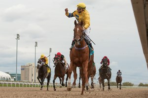 Pink Lloyd and Eurico Rosa Da Silva leave their rivals in the dust in the Overskate Stakes at Woodbine