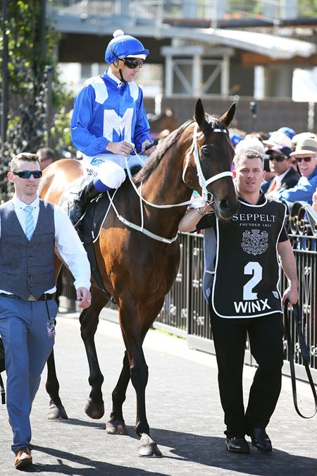Winx wins the 2017 Turnbull Stakes