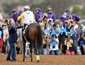 Trainer Dallas Stewart greets John Velazquez and Forever Unbridled, after their win in the Gr.1 Breeders' Cup Distaff at Del Mar.