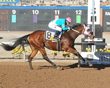 Blamed wins the 2018 El Paso Times Stakes