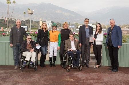 Om wins the 2018 Thunder Road Stakes