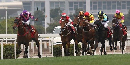 Dundonnell scores his first win in nearly three years in the Class 1 Chinese New Year Cup Handicap Febuary 18 2018