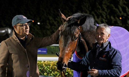Gronkowski with Amer Abdulaziz after The Road To The Kentucky Derby Conditions Stakes Kempton 7 Mar 2018