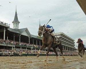 Proving a fan favorite during The Walk to the paddock, Smarty Jones then delivered a Kentucky Derby victory