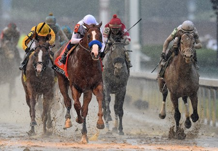 (May 5, 2018) Justify (7) Mke Smith up, wins the 144th Kentucky Derby...