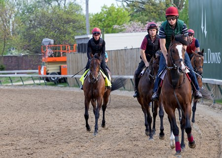 Mendelssohn (far left) in the morning at Churchill Downs on 5/3/18.