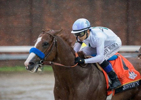 Justify wins the Kentucky Derby at Churchill Downs on May 5th 2018, jockey Mike Smith up