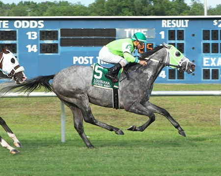 Trust Factor wins the 2018 Louisiana Legends Turf