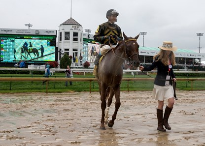 Funny Duck And Brian J Hernandez Jr Winning The Pat Day Mile At