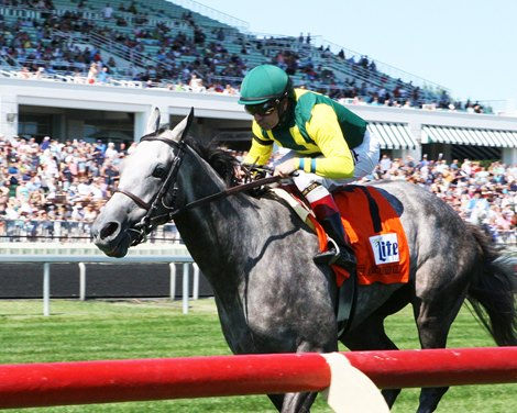 Real Story The Real Deal In American Derby Bloodhorse