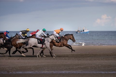Beach Racing Could Come to Britain
