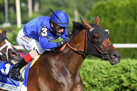 Antoinette Chases a Turf Double in Belmont Oaks
