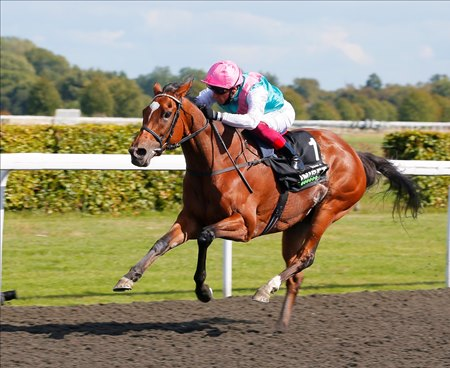 Enable wins the September Stakes at Kempton Park