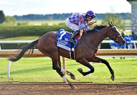 Simply Ravishing wins the 2020 Alcibiades Stakes at Keeneland